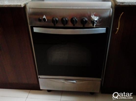 4 Burner Gas Stove with Oven / Grill
