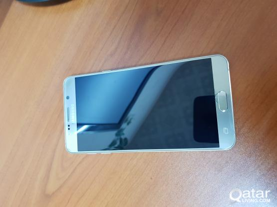 Samsung Note 5 (Golden color)