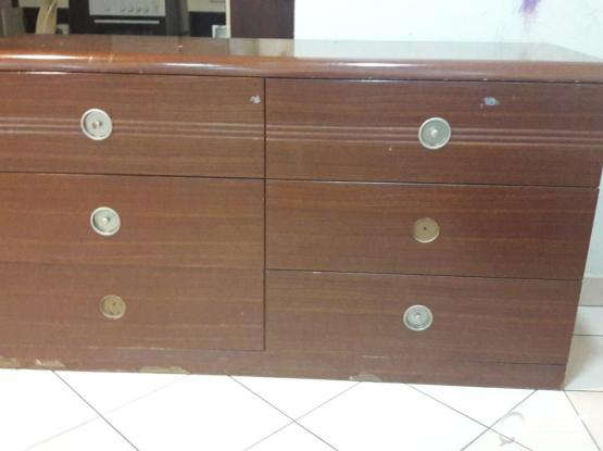 Chest table for sale