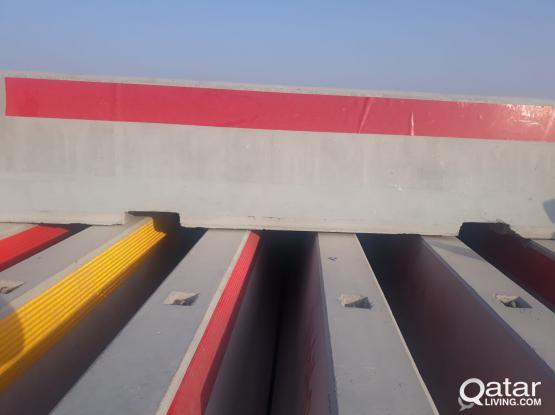 Used Concrete & Plastic Barrier For Sale