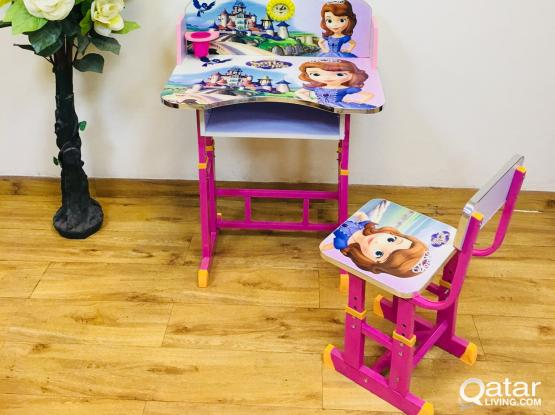 BABY STUDY TABLE AND CHAIR BRAND NEW.contact:77850533
