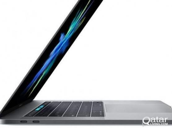 Apple MacBook Pro 15.4-Inch 1TB Touch Bar Space Gray, Mid 2017 (3.1GHz i7, 16GB RAM, AMD Radeon Pro