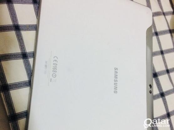 Samsung Tab GT-F7500