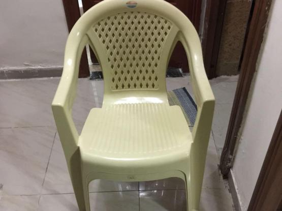 Plastic chairs-2