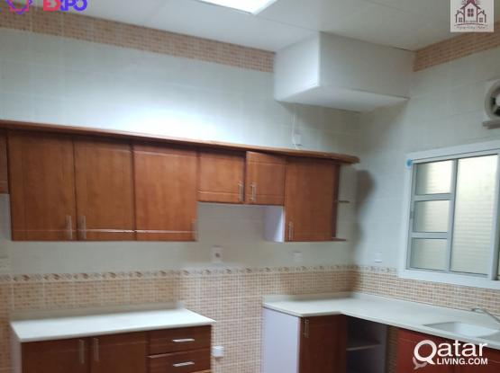 LIC 100 Semi Furnished 4 BHK Compound with Pool