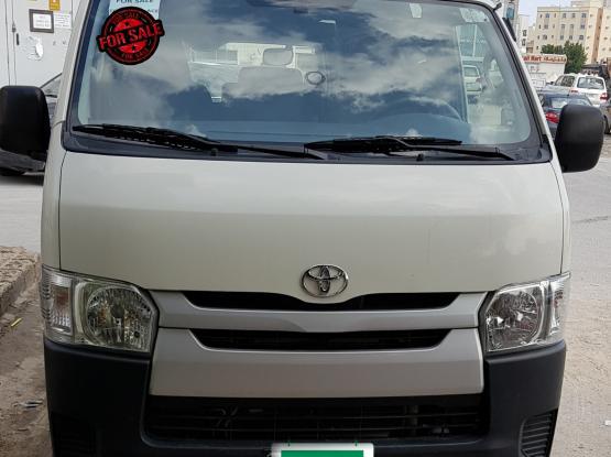 Toyota Hi-Ace 2016