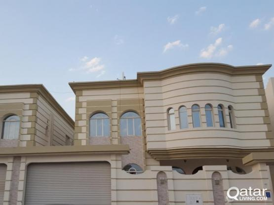 1 big bedroom,  hall,kitchen include electric,water,internet -Al Thumama for family only