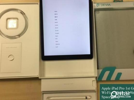Apple iPad Pro 1st Gen. 256GB, Wi-Fi- Cellular 12.9in- Space Gray