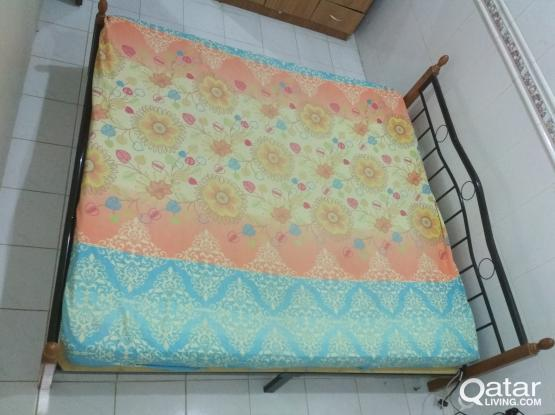 Very neat and clean king size bed, mattress450