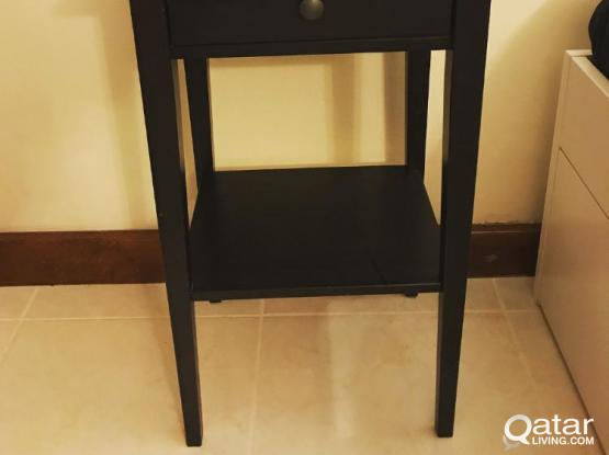 2 Hemnes bedisde tables by Ikea. Perfect condition.