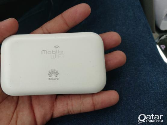 Huawei E5573Cs-609 hotspot without battery.