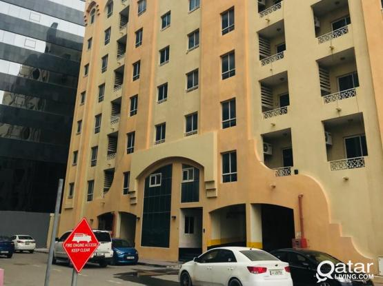 SPACIOUS APARTMENTS FOR AVAILABLE IN BIN MAHMOUD BACK SIDE LA CIGALE HOTEL