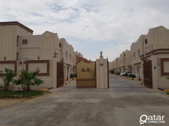 5 bedrooms villa for rent in Jeryan Jenaihat (Al Kheesa)