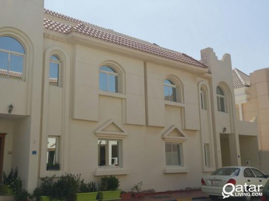 huge 4 bedrooms villa for rent in New Al Ghanim