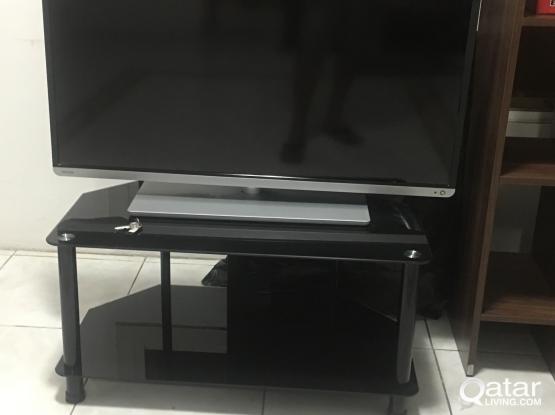 Tosibha Smart & 3D  TV good condtion 40''