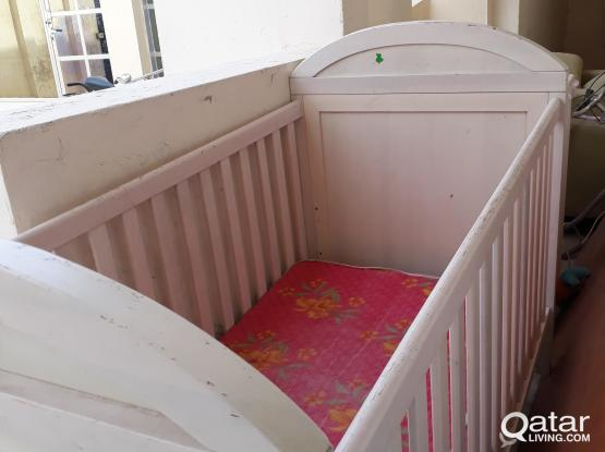 Child crib or bed