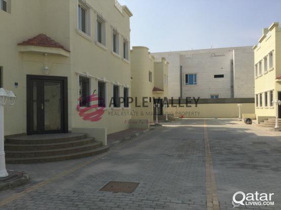 VILLA COMPOUND FOR RENT IN WAKARH
