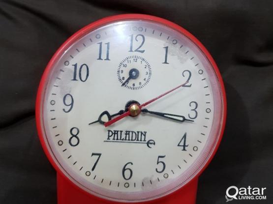 1970's Vintage OLD ALARM Clock (PALADIN)