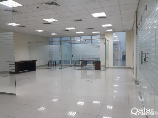 165 Sqm Glass Partitioned Office in Muntaza