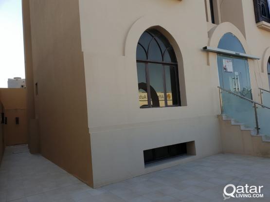 10 Bedroom Commercial Villa for Rent in Duhail