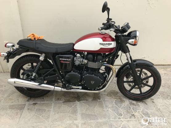 Triumph Boeville T100