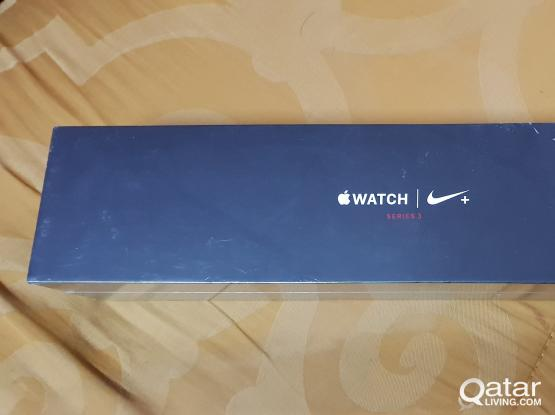 APPLE WATCH SERIES 3 (GPS + Cellular) 42mm 16GB