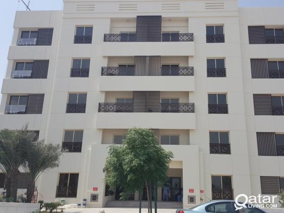 S/F SPACIOUS 2 BR flats: Fox hills Area 1 month free