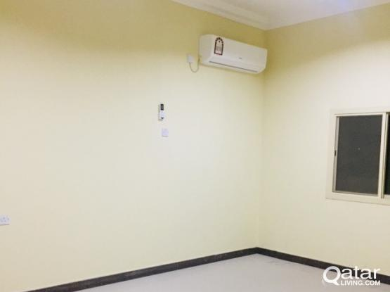 Spacious 2 bedroom flat old airport