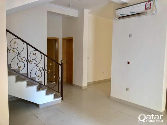 DOH2032_Brand new 6 BHK Compound Villa for Rent in Izghawa