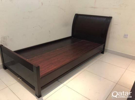 For sell single bed 200x100cm