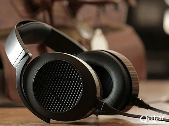 AUDIOPHILE Audeze EL-8 -  Open Planar Magnetic Wooden Headphone