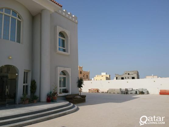 2 Bhk Fully Furnished big room and hall also very big in New stylish villa in Al Wakra