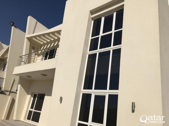 Brand New and Spacious 9 Bedroom Stand-alone villa for Executives Bachilor / Commercial Purpose
