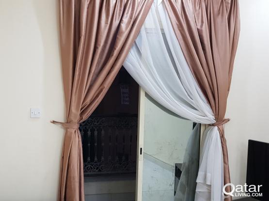 Apartment at alssad 2bhk with balcony behind meilenium hotel  شقه غرفتين وصاله وبلكونه  بالسد خلف ا