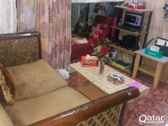 BED SPACE AVAILABLE IN GHARRAFA FOR LADY ONLY - BING -70742240