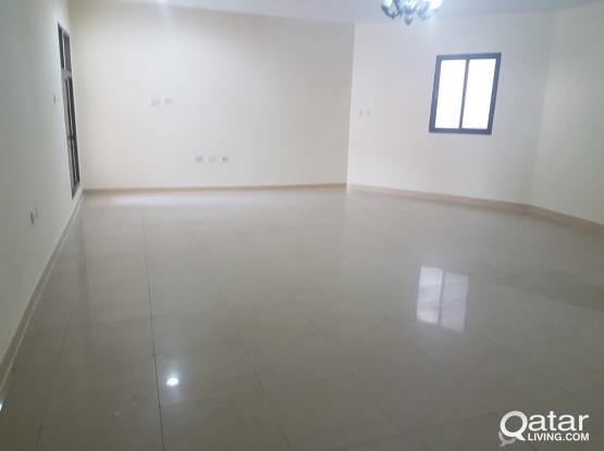 FOR RENT: A spacious 3bhk apartment +AC at Najma