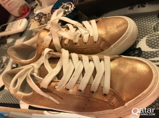 """No Name"" Brand Shoes"