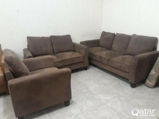 For Sell 6 Setter sofa set(3+2+1)Very clean and good condition
