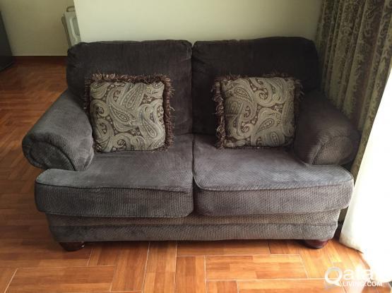 Ashley 3 Pieces Sofa Set in Excellent Condition
