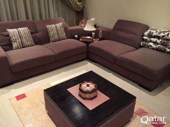 L-Shaped Sofa Set with Cofee Table & Carpet in Mint Condition