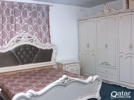 Bedroom set offer low price only 2300
