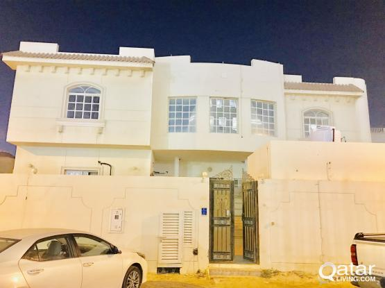 Spacious  Studio apartment available at Bin Omran behind Al Ahli Hospital