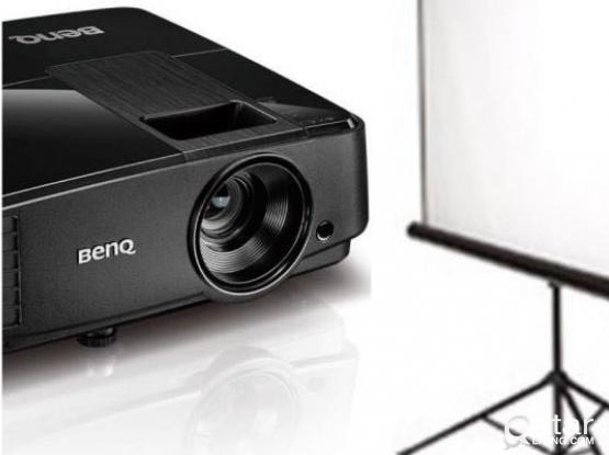 Projector with screen For rent