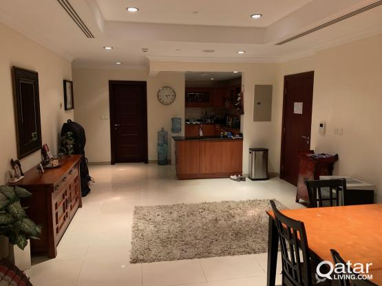 Large Ensuite Bedroom in Fully Furnished 2-Bed Apartment