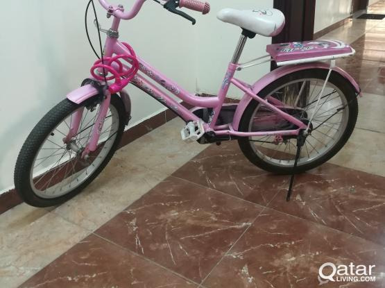 Girl bicycle pink colour