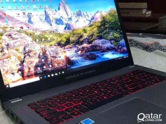 Gaming laptop + Gaming monitor