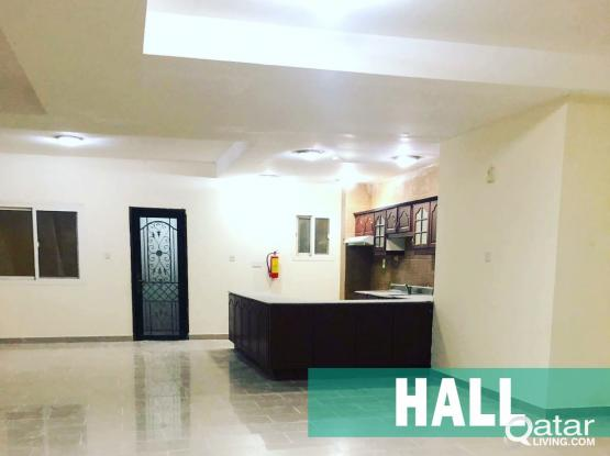 Luxury Compound Villa in Al Thumama (5BHK) – Available