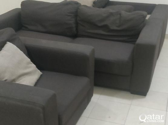 3+2+1 seats Sofas available with good condition