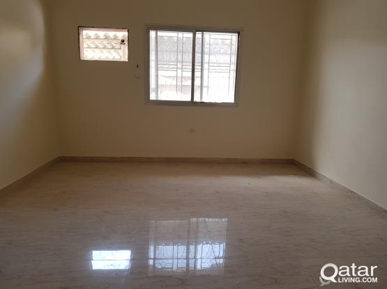 4bhk flat in m Khakifa