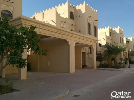 Brand New Villas in Jelaiah2Compound  from the landloard directly. Price negotiable